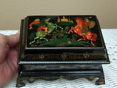 """PALEKH Russian LACQUER Footed CASKET 5 5/8"""" TRINKET BOX - THE WARRIORS Signed"""