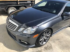 2011 Mercedes E350 4Matic 69,000km!!!