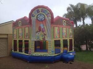 CLUB HOUSE BOUNCY Kanwal Wyong Area Preview
