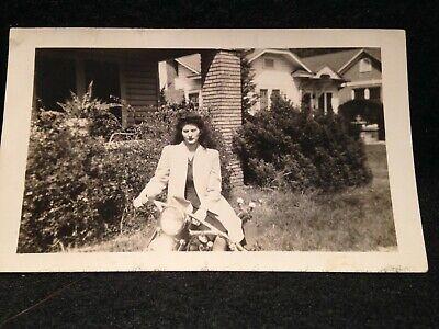 ORIGINAL VINTAGE PHOTOGRAPH- PRETTY GIRL ON MOTORCYCLE- 1943