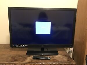 32 inch LED TV with wall mount