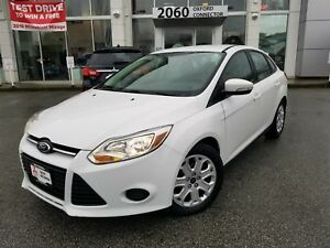 2014 Ford Focus SE LOW KMS, HEATED SEATS, BLUE TOOTH