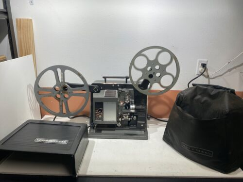 Bell & Howell Filmosound 535 Movie Projector w/ Carrying Case, Excellent!