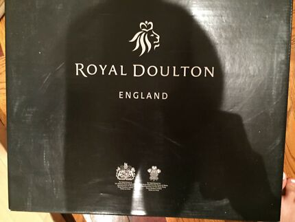 Royal Doulton Crystal Prism Decanter Whiskey Set 850ml