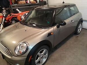 2009 Mini Cooper 70500kms works excellent