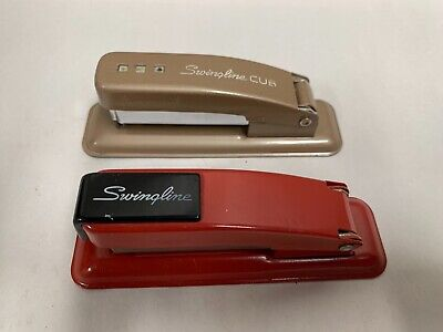 Lot Of 2 Vintage Swingline Cub Small Handheld Stapler A4