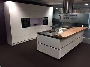 Designer Display Kitchen - Electronic draws & Caesarstone Glen Iris Boroondara Area Preview