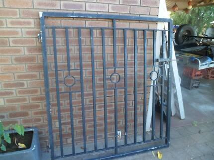 Heavy duty galv gate
