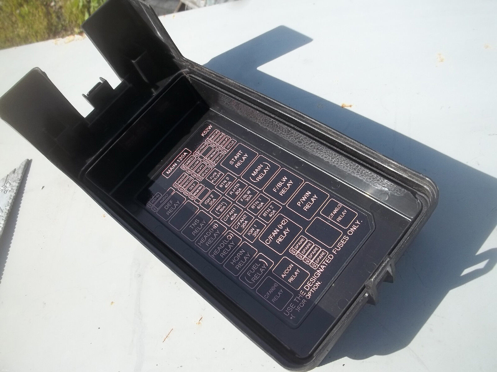 Used Kia Sedona Engines And Miscellaneous Related Components For Sale Fuse Box 2004 Cover Lid Relay Diagram Under Hood