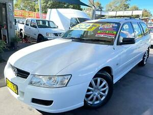 HOLDEN COMMODORE VZ 2007 UPGRADE WAGON LONG SEPTEMBER 2021 REGO LOGBOOKS ** FREE 5 YEAR WARRANTY ***