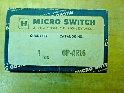 Mulon MLB-200NPF1A1 SPST-NC Long Lever micro switch 10A @ 125V AC OFF ON-