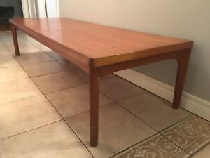 Mid century modern Danish Teak coffee table - Vejle Stole