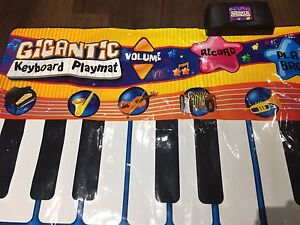 Large floor electric piano for kids