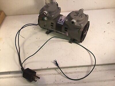 1 Thomas Air Pump 2107cef18tfel - A Compressor Vacuum Working