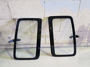 Toyota Hilux RN90 extra cab window glass Mulgrave Hawkesbury Area Preview