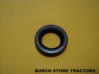 New Farmall Cub Or Cub Loboy Top Steering Shaft Seal 385703r92 Free Shipping