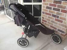 Valco Baby Matrix Plus 3-Wheel Pram Cornubia Logan Area Preview