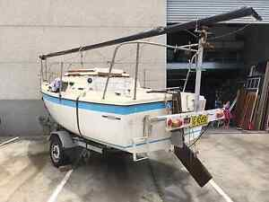 18 foot Clipper Sailing  Yacht on trailer Turrella Rockdale Area Preview