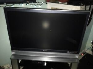 Sony Flatscreen TV With Stand