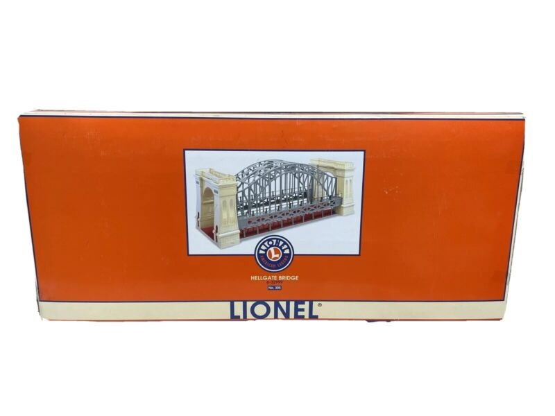 Lionel 6-32999 Hellgate Bridge Red and Cream New in Box