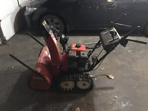 Honda HS624 Snowblower with Tracks