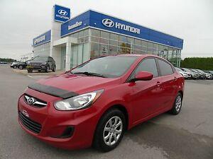 Hyundai Accent Voiture à hayon, 5 portes, boîte manuelle GL