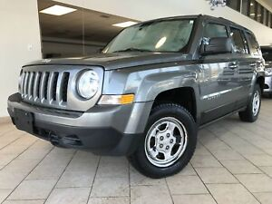 Jeep Patriot north toit ouvrant cruise auto a/c s.chauffants