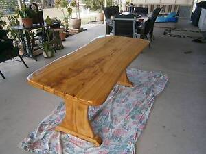 Solid timber table Thagoona Ipswich City Preview