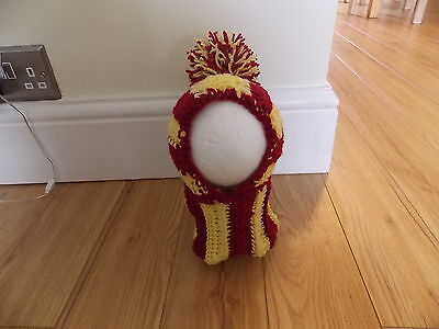 handmade Harry Potter Dog hat snood for your dog. Pug, hat Costume. Gryffindor - Dog Costume Harry Potter