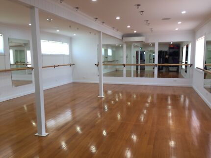 Large mirrors for sale (gym, hairdresser, yoga, Pilates)