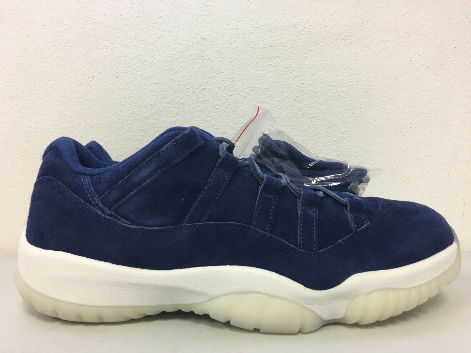 Nike Air Jordan 11 Low Retro Jeter Re2pect Binary Blue AV2187-441 Size 10.5