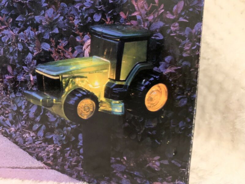 NEW John Deere Pathway Sidewalk Farm Tractor 7 Piece Light Set RARE OPEN BOX HTF