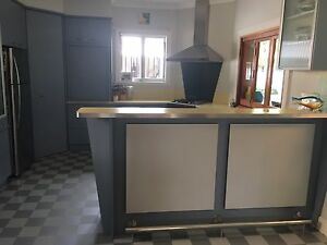 Retro Kitchen for sale - remove and relocate yourself Yeronga Brisbane South West Preview