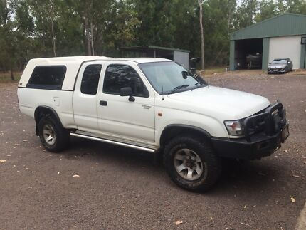 Toyota hilux extra cab Palmerston Gungahlin Area Preview