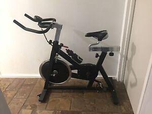 Armortech Spin Bike, less than one year old and very rarely used. Cooloongup Rockingham Area Preview