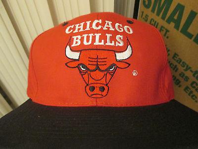 VINTAGE DREW PEARSON CHICAGO BULLS LOGO SEWN SNAPBACK HAT CAP BRIM NWT 90s DS