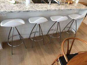 Modern Onda counter stools white stainless