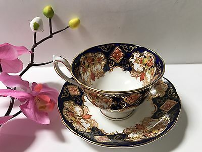 Royal Albert HEIRLOOM  Avon Footed Cup & Saucer Set In Superb Condition