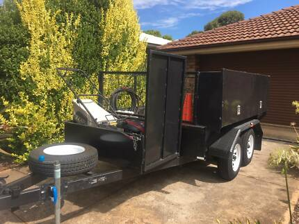 Gardening / lawn mowing trailer and equipment