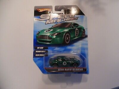 Hot Wheels 2009 Speed Machines Aston Martin V8 Vantage green 1/64