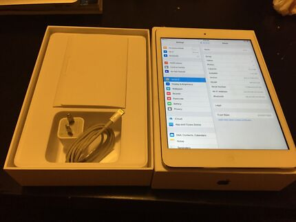 Apple iPad mini silver wifi. Near new. With box. 16gb St Lucia Brisbane South West Preview