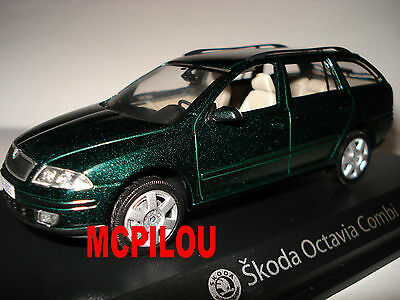 Norev Skoda Octavia Combi Green Dark to the / of 1 /43°