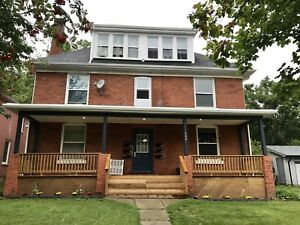 AMAZING TWO BEDROOM APT FOR RENT IN ORILLIA! $1390