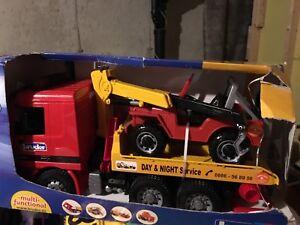 Brand New bruder MAN tow truck  02750