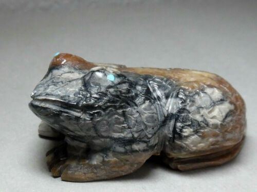 ZUNI FETISH F-1266 PICASSO MARBLE FROG BY SEDRICK BANTEAH