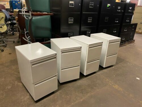 Mobile File/File Pedestal by Haworth Office Furniture in White w/ Lock & Key
