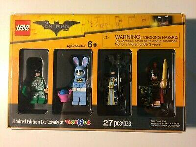 LEGO Bricktober 2017 LEGO Batman Movie Minifigures Toys R Us Exclusive