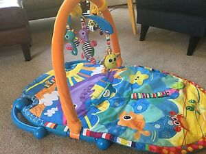 Baby Play Mat and Frame Florey Belconnen Area Preview