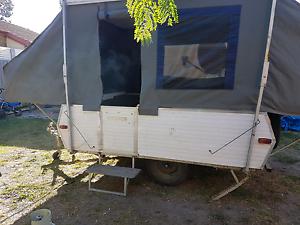 Pop top caravan Lynbrook Casey Area Preview