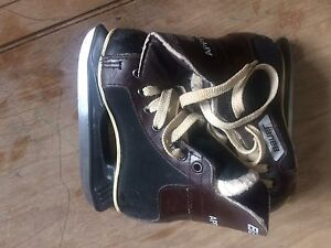 Youth Skates size 9